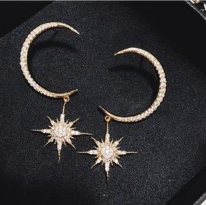 FASHION CRESCENTMOON AND STAR EARINGS